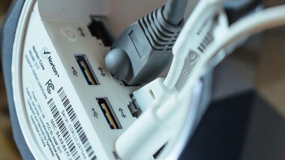 norton-core-router-product-photos-5
